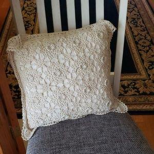 Crocheted toss pillow